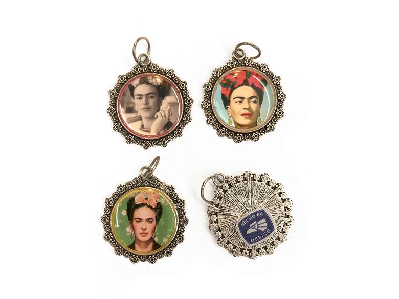 Hänge 'Frida rund' sorterat