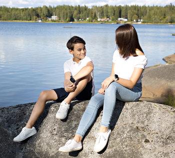 Svart GPS klocka för barn