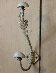 Stor krok klädhängare i antikvit smide porslin shabby chic lantlig stil fransk lantstil