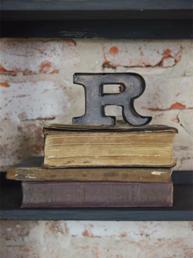 R liten plåtbokstav bokstav Jeanne d´Arc Living rostbrun färg industristil