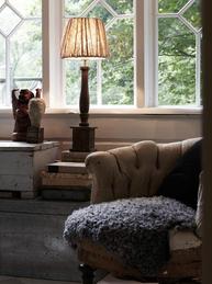 Lampskärm stor beige veckad shabby chic lantlig stil