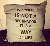 "Kuddfodral ""Happiness is not a destination"", La finesse"
