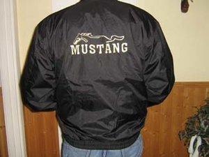 Mustang midjejacka