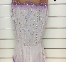 Vit och lilla klänning från Sharene design