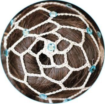 Beige knutnät med kristaller