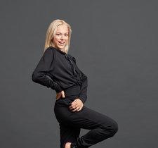 Jiv x Radionova sweater i svart