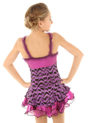 Mönstrad lila klänning med stel underkjol