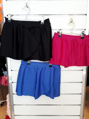 Omlottkjol med shorts som passar bra till tryck.