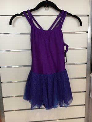 Lila klänning med korsade axelband