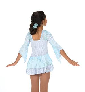 Ljusblå klänning med trumpetärm