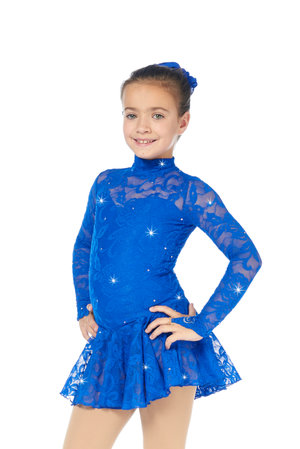 Långärmad kornblå klänning med spets från Sagester