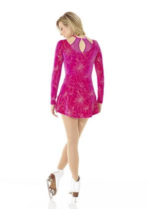 Rosa sammetsklänning med blomdekor