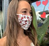 Blommigt munskydd från Mondor