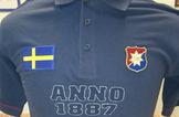 Pikétröja blå Anno 1887