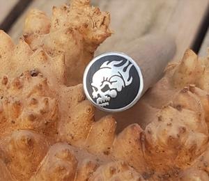 Mosaikpin Skull Flames 10 mm - Rostfritt