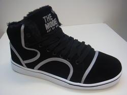 Sneakers i svart mocka varmfodrad