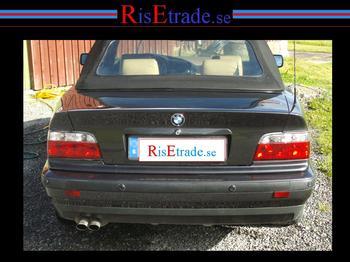 Baklysen klarglas rödvita till coupé och cab.