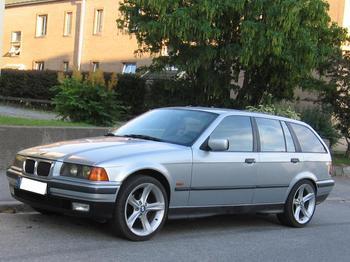 BMW 320 Touring. Eskilstuna