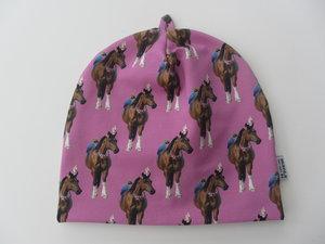 Många hästar