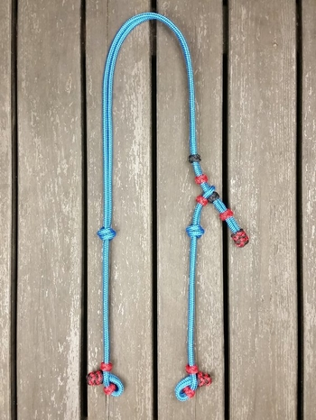 Headstall with knot adjustment