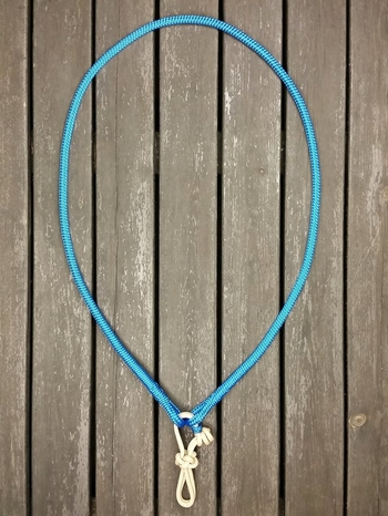 Neck rope with lead rope connector