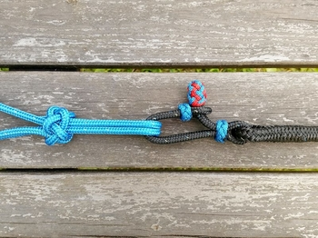 Lead rope with rope connector and tassel - 10 mm