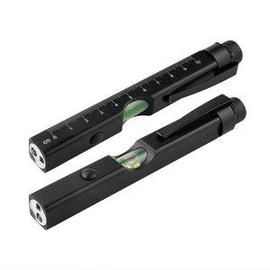 LED-lampa med laserpekare