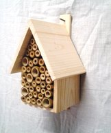 Insektsholk bamburör vägg