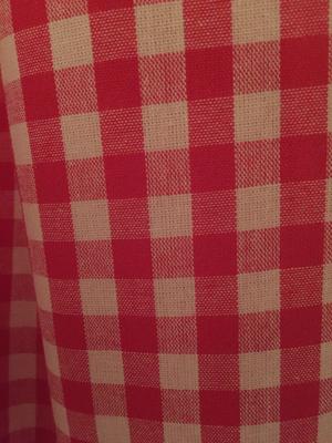 Rödrutig gardinlängd-Jacobsdals