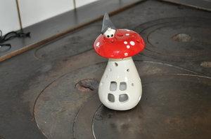 Lykta svamp liten från Nääsgränsgården