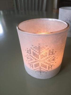 Ljuslykta,vit från Storefactory