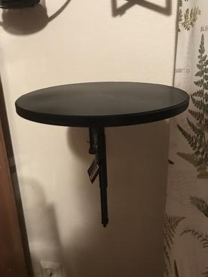 Vägghängd metallhylla(bord), från Interstil