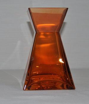 Kopparfärgad vas i tjockt glas från Cult