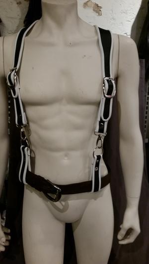 Harnisch aus Leder Hosenträger