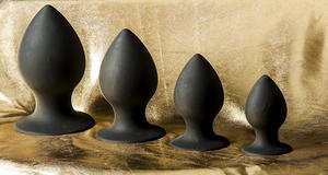 Round Anal Plugs in Different Sizes, S-XL, Black