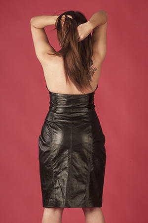 Short halterneck-dress