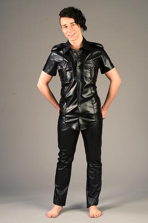Pilotskjorta med axelklaff i Vegan/PU-läder