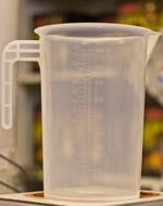 Plasttillbringare 4 liter