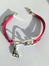 Armband i rosa eller svart - love