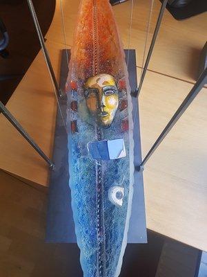 Båt Orange Blå Huvud och Stav- Kosta Boda  Unik