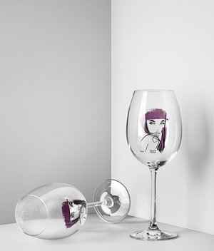 All about you Wine glass Purple Red 2-pack - Kosta Boda