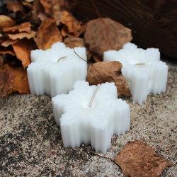Kynttilä, lumihiutale