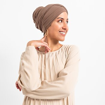 Luxe Chiffon hijab with integrated bonnet - Taupe