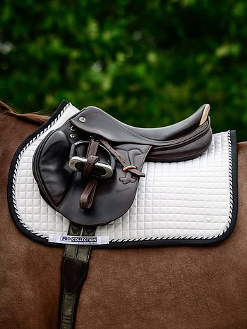 Jump Saddle Pad, White/Black