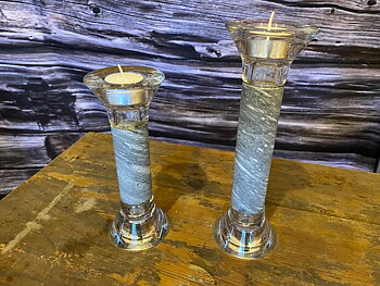 BERGET - Reversible candlestick with a natural drill core