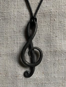 Necklace treble clef