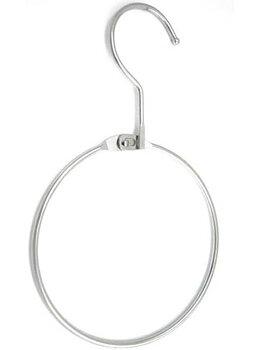 Upphängningsting för halsband och koppel