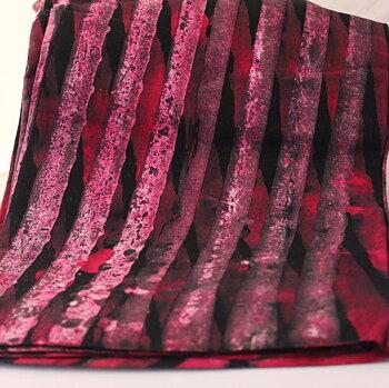Afrikanskt batiktyg rosarandigt