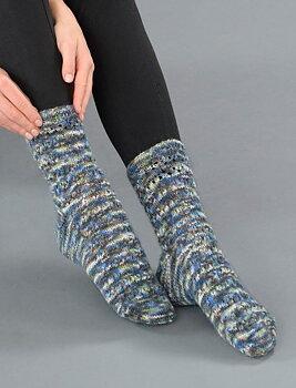 119-16 Sokker med hullmønster