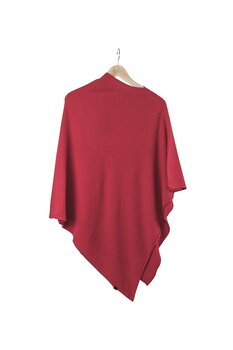 Ania Poncho från KN Collection,  lipstick red